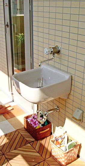 マンションのベランダで水が使える散水栓「BK」